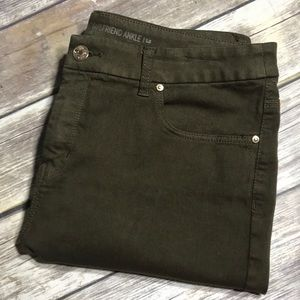 Chico's Jeans So Slimming Girlfriend Ankle Green
